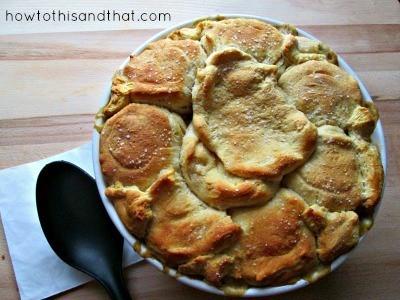 Easy Creamy Chicken & Biscuits Recipe