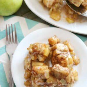 apple cinnamon roll monkey bread