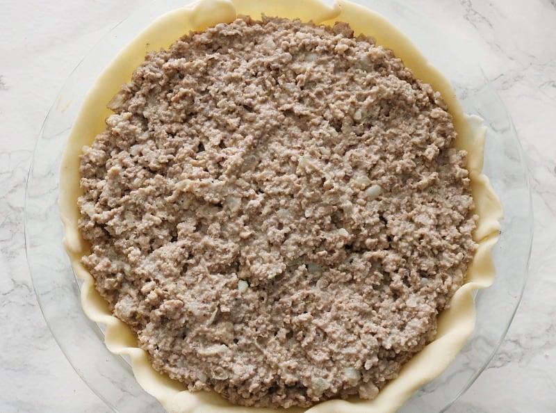 Tourtiere recipe filling in pie crust