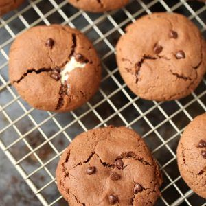 stuffed hot cocoa cookies