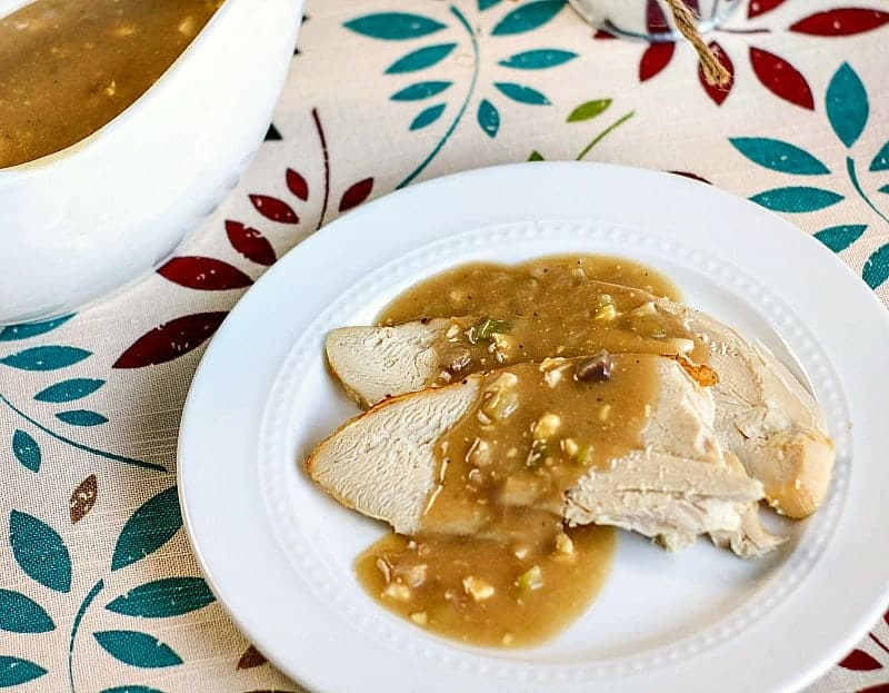 homemade mushroom onion turkey gravy